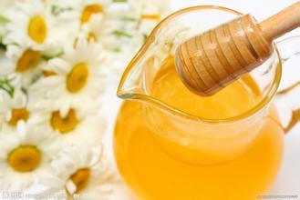 滴在纸上散开的蜂蜜是假的吗