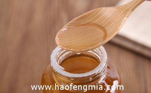 受天气影响 今年洋槐蜂蜜严重减产