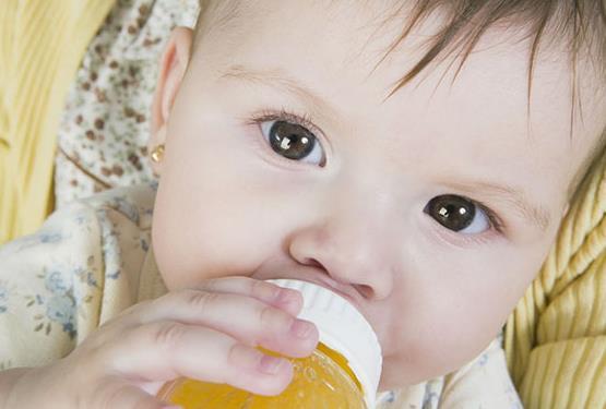 满月的宝宝能喝蜂蜜水吗