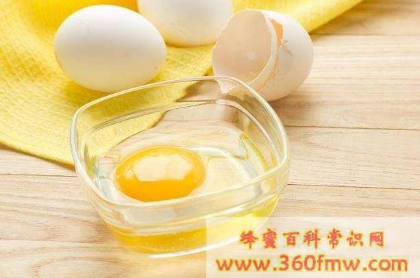 蜂蜜鸡蛋面膜怎么做法_蜂蜜鸡蛋面膜的做法