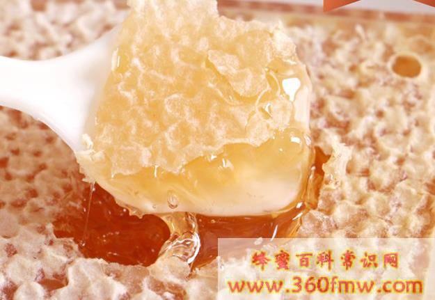 蜂蜜与蜂蜜膏的区别,蜂蜜和蜂蜜膏有什么样的区别