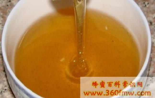 蜂蜜的品种与功效 蜂蜜的种类及功效作用
