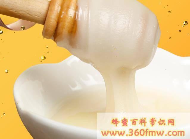 为什么蜂蜜水喝着有点酸?蜂蜜泡水喝为什么有点酸?