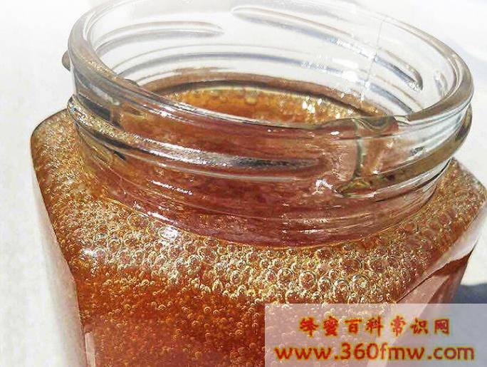 泡蜂蜜的水温是多少度?冲蜂蜜的水温最好是多少度?