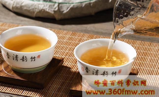 茶水里加蜂蜜好吗