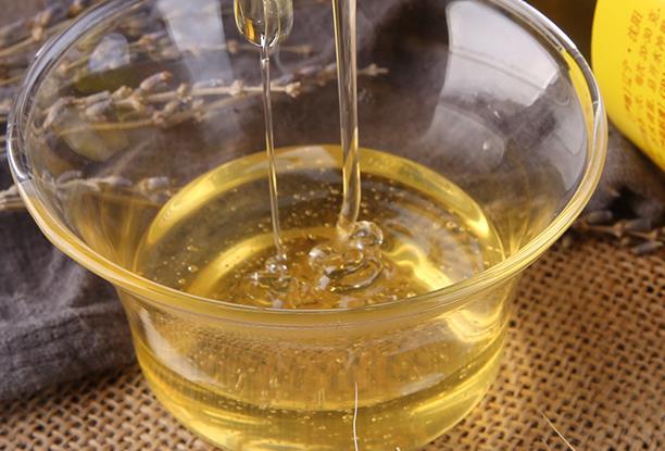 喝蜂蜜水的禁忌有哪些?喝蜂蜜的注意事项