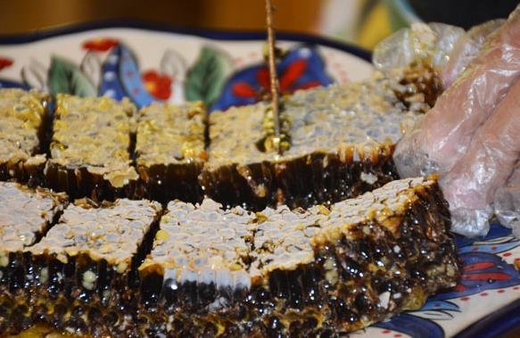 蜂蜜吃多了会有副作用吗?蜂蜜副作用介绍